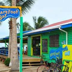 Barefoot Beach Bar in Placencia, Belize – Movin' On Up to the Beach Side