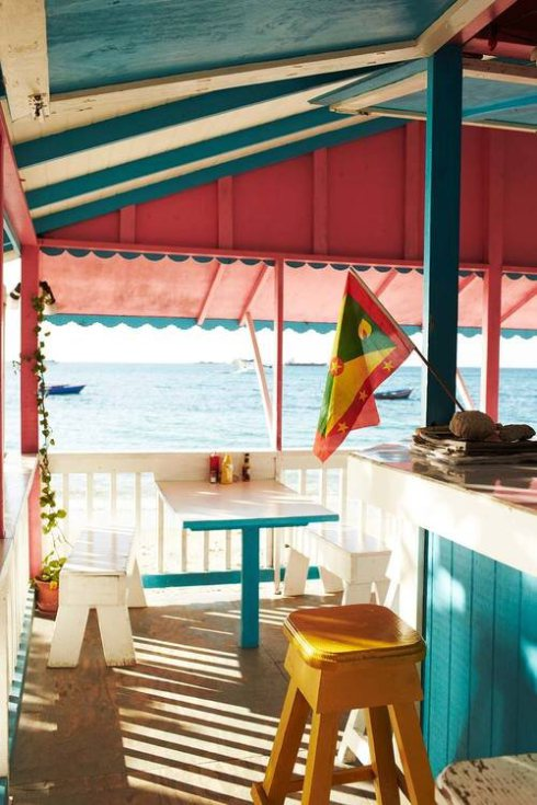 St. Vincent And The Grenadines Beach Bars