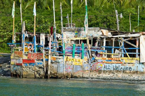 Bomba's Surf Shack Apple Bay