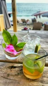 'Ti Punch, Karakter Beach Bar, St. Maarten