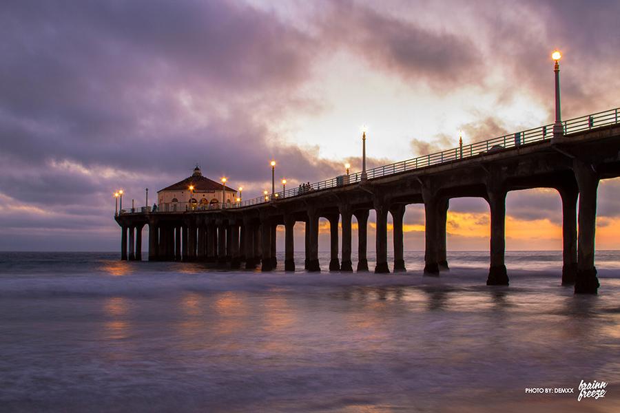 """Manhattan Beach Pier, Los Angeles California. Image by Flickr user """"demxx"""""""