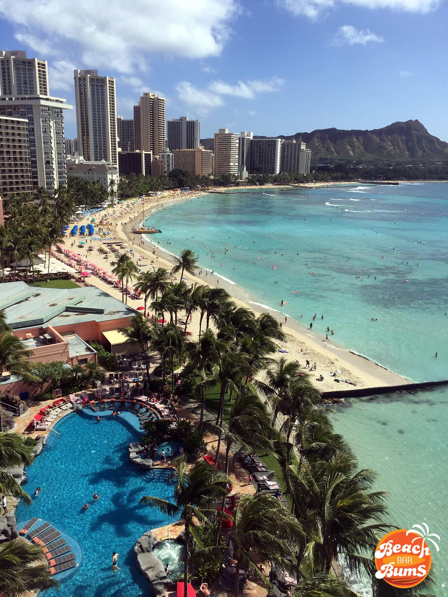 Beach Thursday Pic Of The Week Waikiki Beach Hawaii Beach Bar Bums