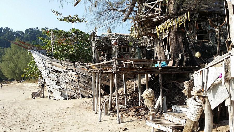 Hippy Bar, beach bar on Koh Phayam, Thailand