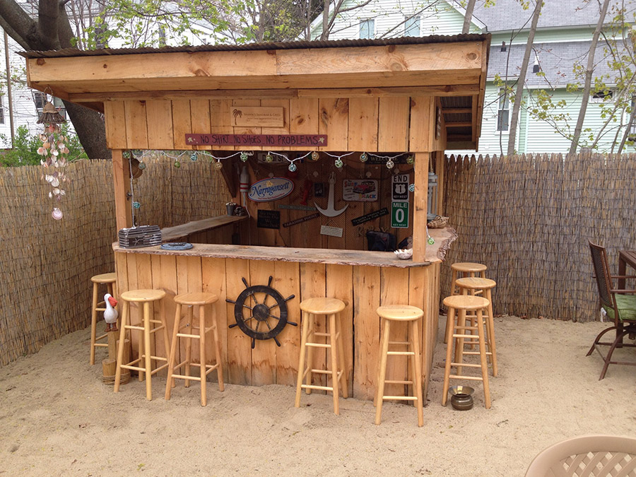 We built our own beach bar shawn s sand bar and grill for Beach bar ideas