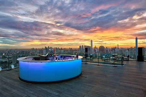 octSundowners-promotion-at-Octave-Rooftop-Lounge-Bar-600x400
