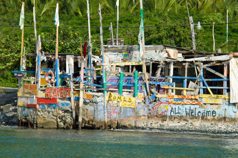 Bomba's Surf Shack Apple Bay