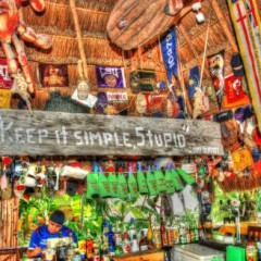 Beach Bars in HDR – Soggy Peso, Isla Mujeres