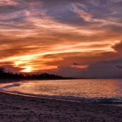 Photo of the Day – Sunset from Tippy's Beach Bar, Eleuthera, Bahamas