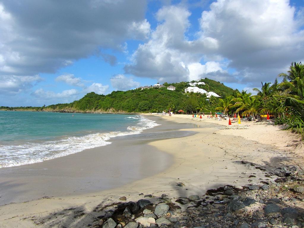 Friar's Bay Beach (Anse des Peres) St. Martin, Credit Richie Diesterheft