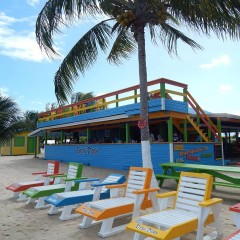 Four Minutes at the Tipsy Tuna Beach Bar, Placencia, Belize