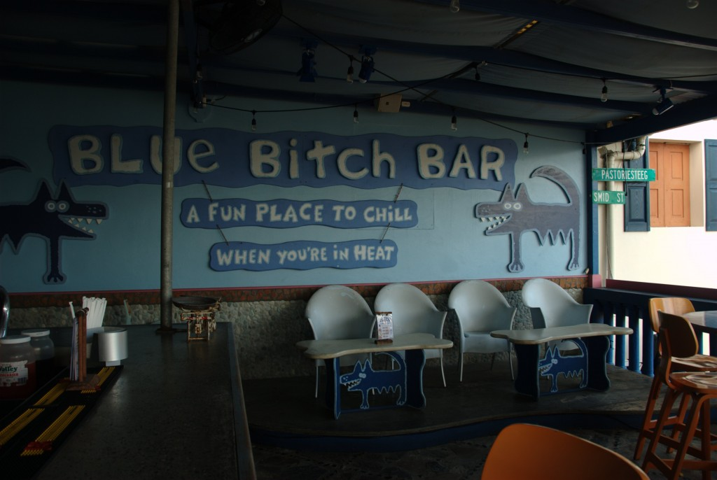 Finding shelter at the Blue Bitch Bar in St. Maarten