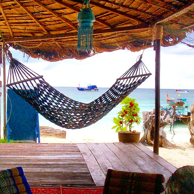 Beach bar on Koh Lipe, Thailand. Photo by Instagram user @igo2dbeach.