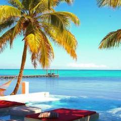 Instagram Monday – Rojo Beach Bar, Ambergris Caye, Belize