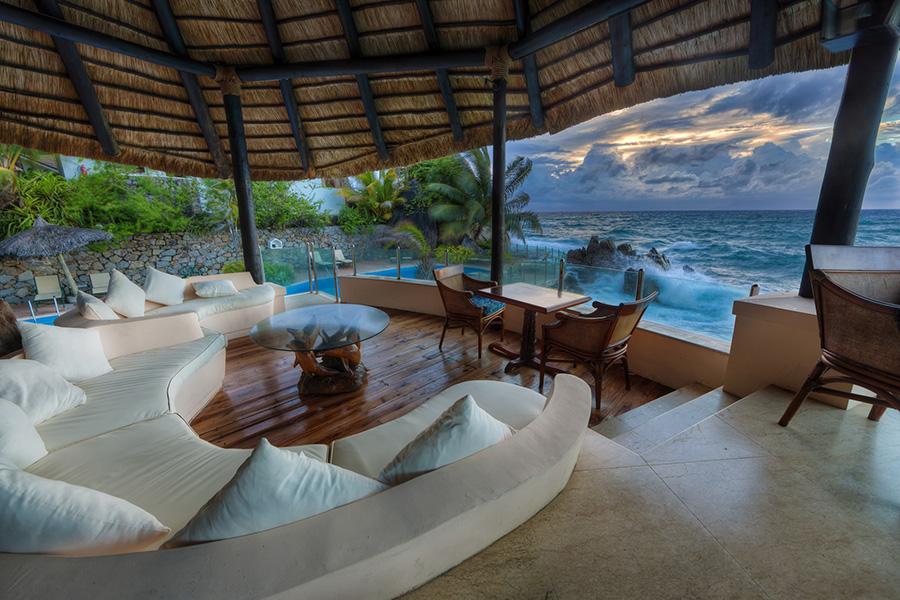 On the Rocks Bar, Sunset Beach Hotel, Seychelles. Photo by Mark Smith.