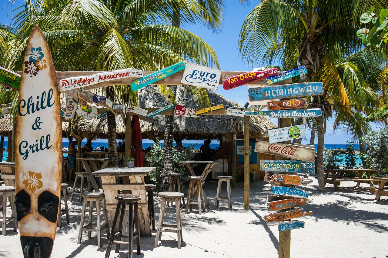 Five Images Of Curacao S Chill Beach Bar That Will Ruin