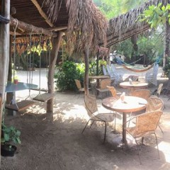 Travel Tuesday – The Beach Bar at the Junto Al Rio