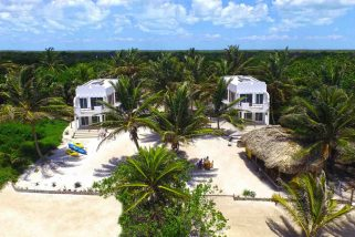 An Escape to Playa Del Sol's El Norte Beach Bar in Ambergris Caye, Belize